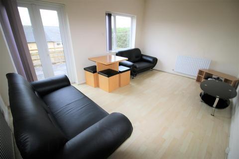 4 bedroom house share to rent - Slaidburn Drive, Lancaster