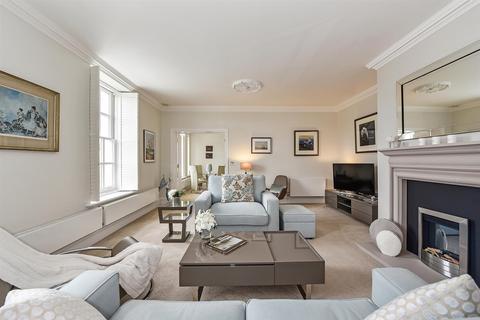2 bedroom apartment for sale - Tortington Manor, Arundel