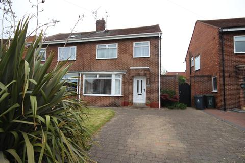 3 bedroom semi-detached house for sale - Churchill Avenue, Whitley Bay, Tyne & Wear, NE25 8XP