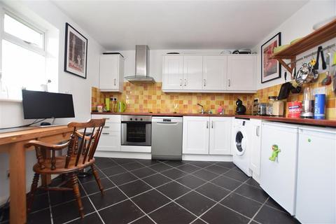 2 bedroom apartment for sale - Victoria Road, Horley, Surrey
