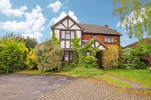 4 bedroom house to rent - Brett Drive, Bromham Village, Bedford