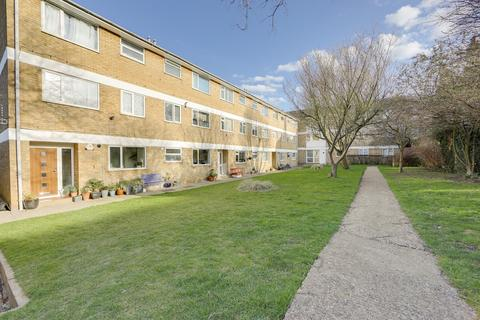 2 bedroom flat for sale - Beacon Road, Hither Green , London, SE13