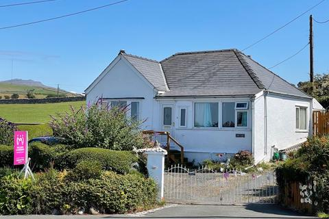 2 bedroom detached house for sale - Aberdesach, Gwynedd