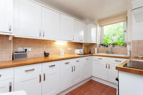 2 bedroom flat for sale - Warley Street, London