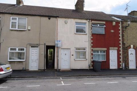 2 bedroom terraced house to rent - Whitsed Street, Peterborough