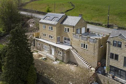 4 bedroom detached house for sale - Lalit House, Rochdale Road, Ripponden
