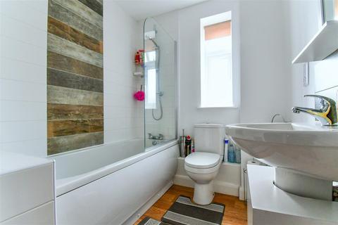 2 bedroom apartment for sale - Hantom Close, Hull