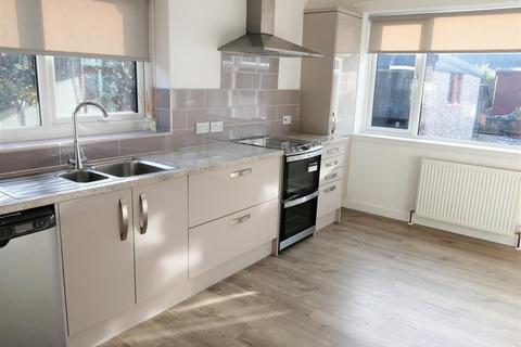 3 bedroom detached bungalow to rent - Lower kirklington road, Southwell