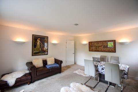 1 bedroom flat to rent - High Road, Buckhurst Hill IG9