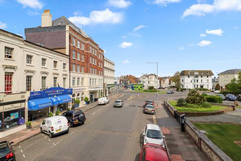 1 bedroom in a house share to rent - Cornfield Terrace, Eastbourne
