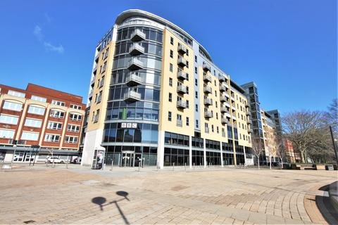 1 bedroom flat for sale - Queens Court, Queens Dock Avenue, Kingston Upon Hull, Hull, x, HU1 3DR