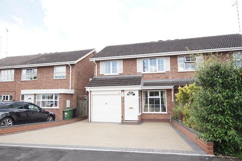 3 bedroom semi-detached house for sale - Eastley Crescent, Warwick