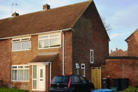 5 bedroom semi-detached house to rent - Newton Drive