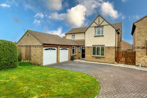 4 bedroom detached house for sale - Magister Road, Bowerhill