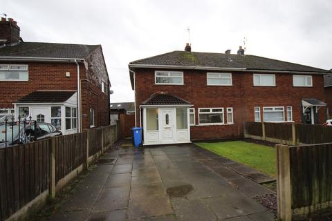 4 bedroom semi-detached house to rent - Barnes Road, Widnes, WA8