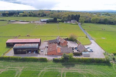 5 bedroom barn conversion for sale - 2 Park Farm Buildings, KIngswood, Albrighton. WV7 3AJ