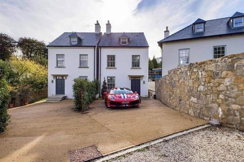 5 bedroom house for sale - Little Hervells Court, Chepstow