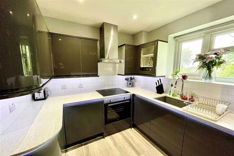 1 bedroom flat to rent - Lamport Close, Woolwich, London, SE18