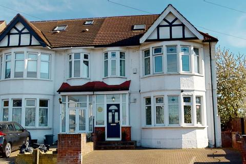5 bedroom semi-detached house for sale - Norfolk Avenue, Palmers Green