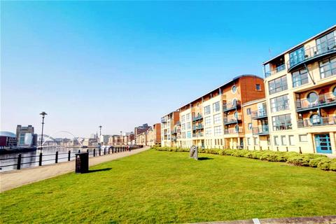 2 bedroom apartment for sale - Mariners Wharf, Quayside, Newcastle Upon Tyne, NE1