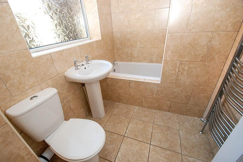 2 Bedrooms Flat for sale in Burleigh Street, South Shields