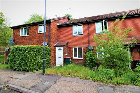 3 bedroom terraced house for sale - St. Brelades Road, Crawley, West Sussex. RH11 9RJ