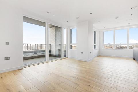 2 bedroom flat for sale - Grant Road, Battersea