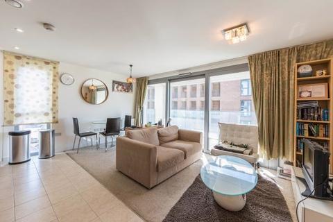1 bedroom apartment for sale - Flat 31, Heron Place, 4 Bramwell Way, London, E16 2FJ