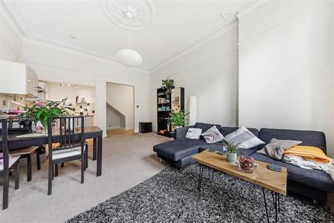 2 bedroom flat for sale - Gwendwr Road, W14