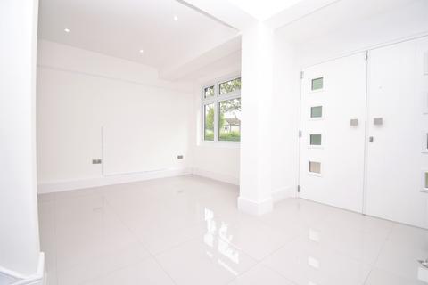 5 bedroom semi-detached house to rent - Park Crescent Erith DA8