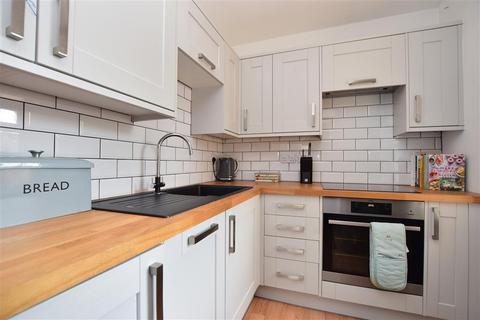 1 bedroom flat for sale - Horley Road, Redhill, Surrey