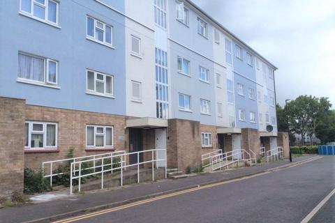 1 bedroom flat to rent - Lawson road, London, EN3