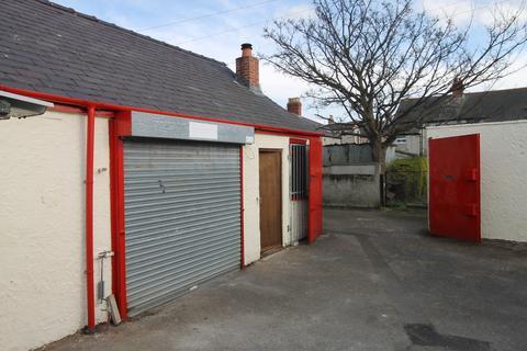 Industrial unit to rent - Hafod Road, Prestatyn