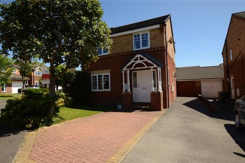 3 bedroom detached house for sale - Fairfield Gardens, Rothwell, Leeds