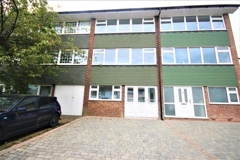 3 bedroom townhouse for sale - Brookhill Road, Barnet