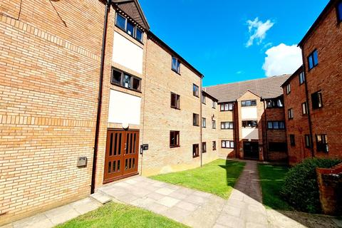 1 bedroom apartment for sale - Spencer Court, Station Road, Rushden, Northants