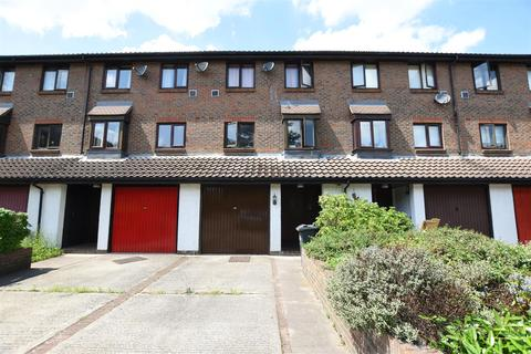 4 bedroom terraced house for sale - Wyke Close, Osterley
