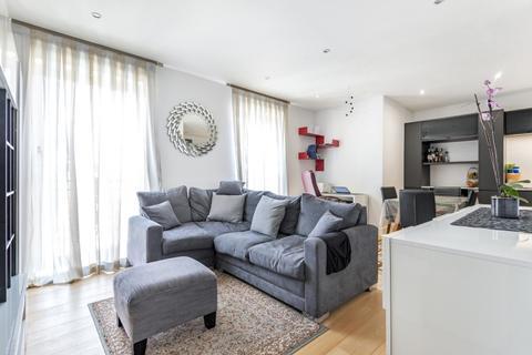 2 bedroom flat to rent - Battersea Bridge Road Battersea SW11