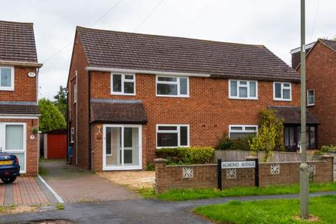3 bedroom semi-detached house to rent - Almond Avenue, Kidlington, Oxfordshire, OX5