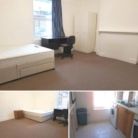 1 bedroom in a flat share to rent - Berkeley Road, Central Crouch End, Crouch End Central N8