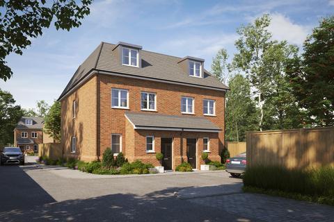 3 bedroom semi-detached house for sale - Baring Road London SE12
