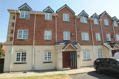 2 bedroom apartment for sale - 19 Glenmuir Close, Irlam M44 6HE