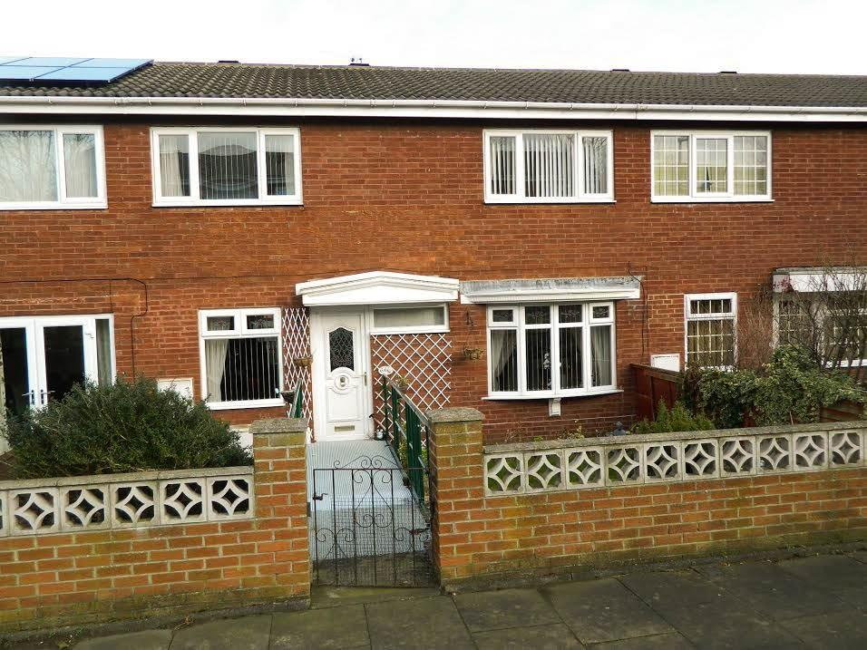 4 Bedrooms Terraced House for sale in Harvest Close, Hall Farm