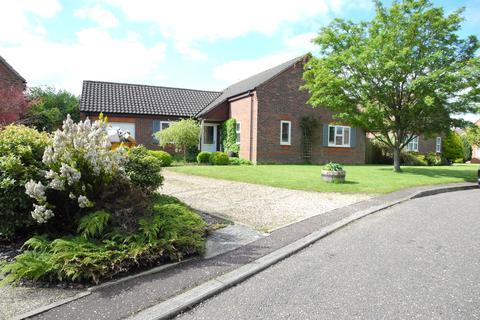 3 bedroom detached bungalow for sale - Jenkinsons Pightle, Bedingham