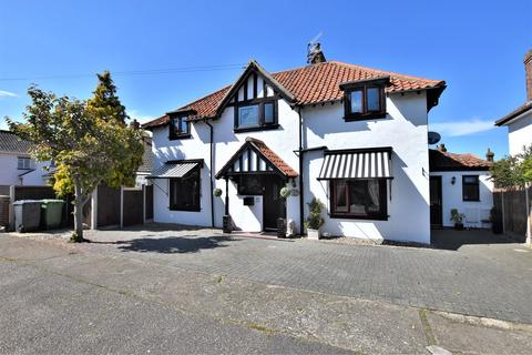 6 bedroom detached house for sale - Heath Road, Sheringham