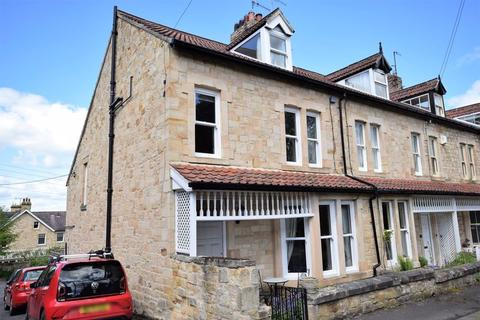 4 bedroom end of terrace house for sale - St. Georges Road, Hexham