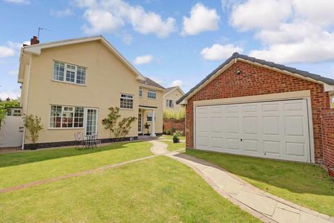 4 bedroom detached house for sale - Beckside, Welton