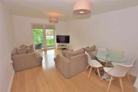 2 bedroom apartment for sale - Manor Park, Benton