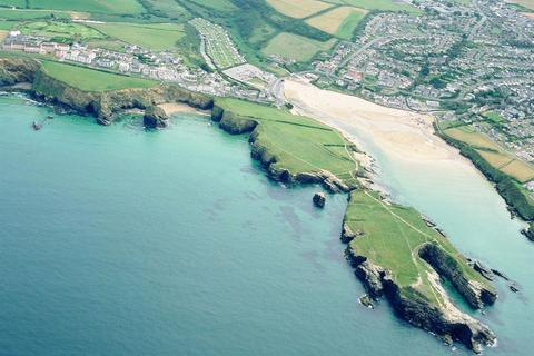 Hotel for sale - North Cornwall coast