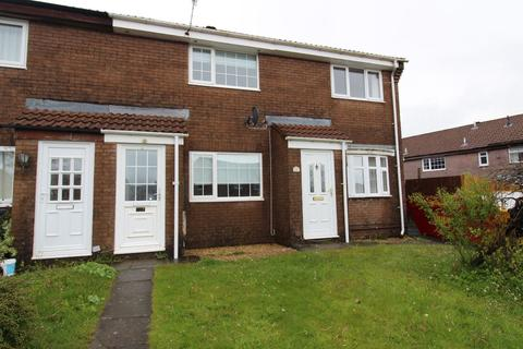 2 bedroom terraced house for sale - Briar Close